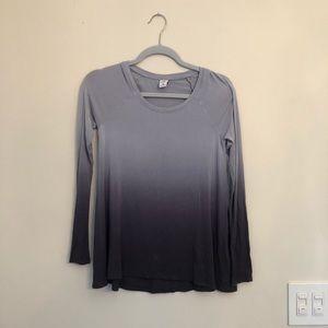 Long-Sleeve Hollister Shirt (XS)